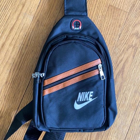 Mini Nike one shoulder backpack